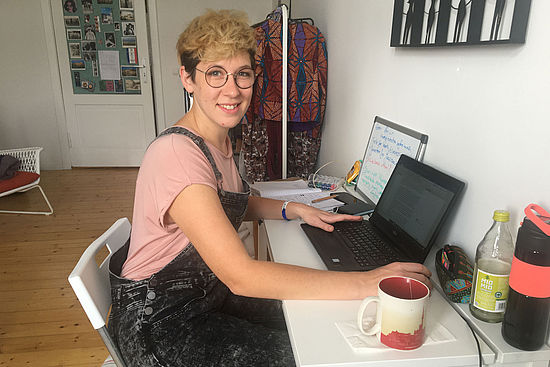 Katharina Koller im Homeoffice in Berlin